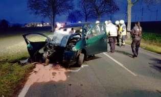 POL-HM: Schwerer Verkehrsunfall auf der Kreisstraße 3 bei Herkensen